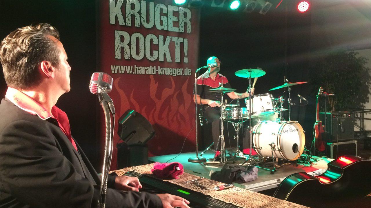 Krueger-rockt-on-stage